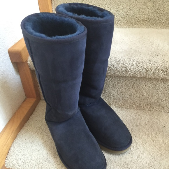UGG Navy Tall Classic Boots Sz 9