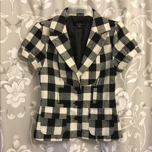 Plaid short sleeve top / jacket