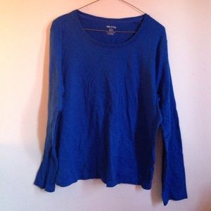 White Stag Tops - ❗Lowest price❗Royal blue long sleeve knit shirt