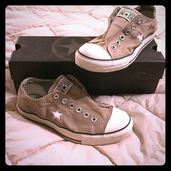 Converse One Star Womens DX Oxford Slip Shoes.