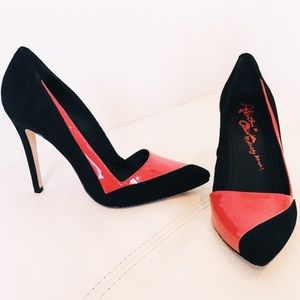 Alice & Olivia red & black suede stilettos