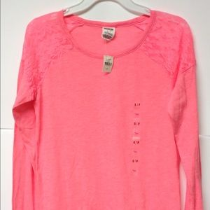 VS Pink top NWT