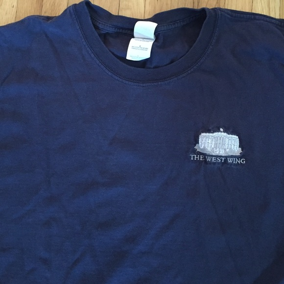 """Collector's Tee! """"The West Wing"""" cast & crew shirt"""