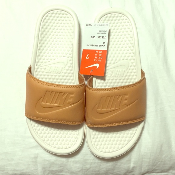 Nike Benassi Jdi Qs Slides 1635eb201