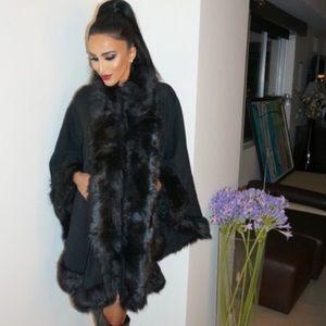 Sweaters - Black Faux Fur Poncho