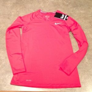 *Brand new with tags* Nike dri shirt