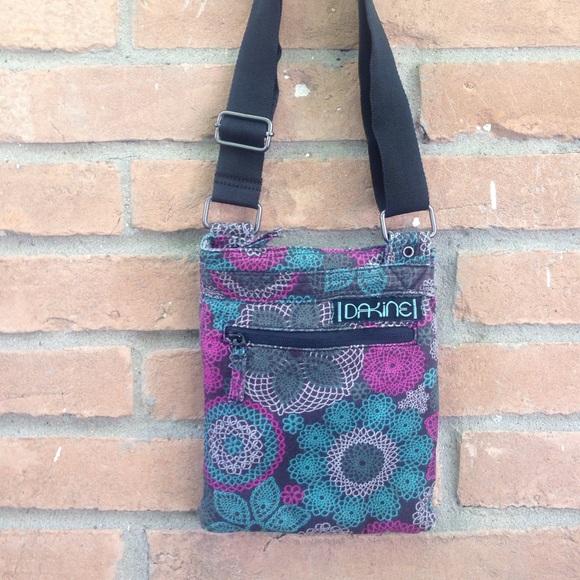 edddf76a60 Dakine Handbags - Dakine Crossbody bag