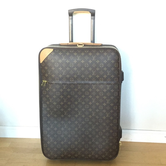 Louis Vuitton Handbags - Authentic LV monogram Pegase Legere luggage! 0f93b7cd5e1e6