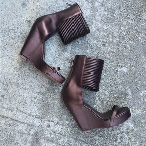 23d72afc18f Rick Owens Shoes - Rick Owens Multi Chord Bronze Leather Wedge Sandal