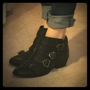 Sam & Libby for Target Shoes - Like New Black Ankle Booties