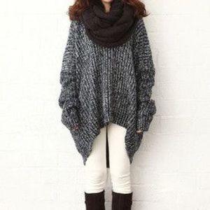 Sweaters - Gray loose sweater