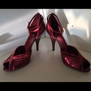 b2890e503bf Gucci Shoes - Gucci ruby red velvet and sequin heels