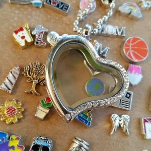 Jewelry - Half rhinestone heart floating pendant with charms