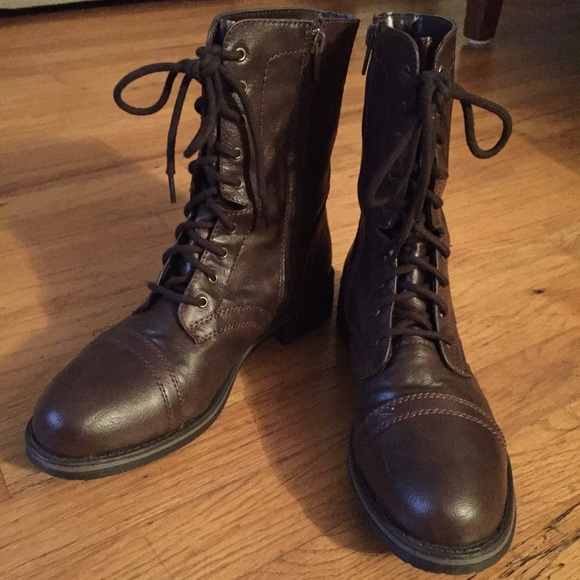 Womens Midcalf Laceup Boots Size