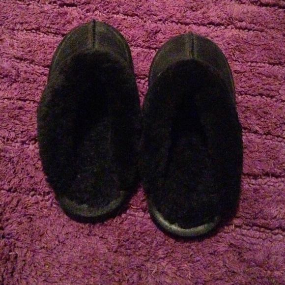 91e647ad03278 Bjorndal Shoes | Black Slippers | Poshmark