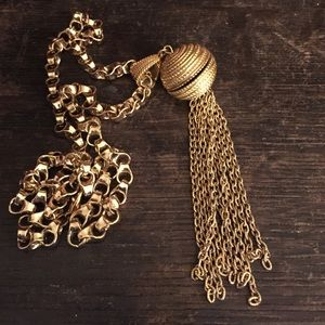 Vintage Jewelry - Vintage tassel necklace