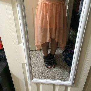Low to high Polk a dotted skirt