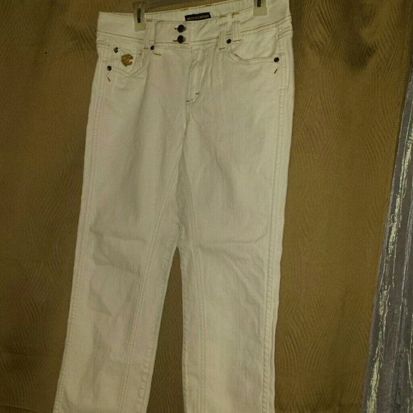 Roca Wear - Nice pair of white jeans SALE $15 from Bande's closet ...