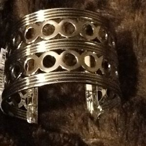 AKIRA Jewelry - SILVER TONE CUFF BRACELET