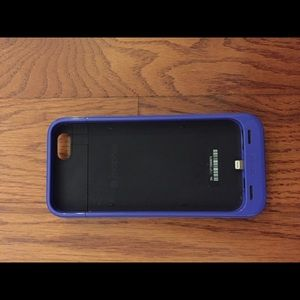 finest selection 0313a 1f996 Mophie Purple iPhone 6 charging case