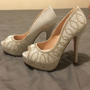 Shoes - Detailed Evening Gown/Wedding Shoes