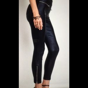  RESTOCKED ! Super comfy vegan leather tights 