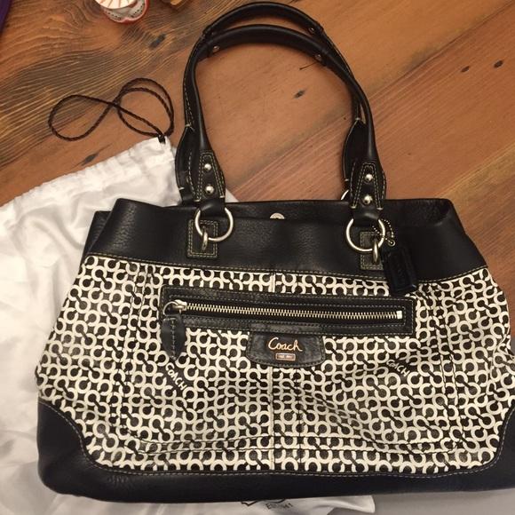473f4bef11 Coach black and white purse. M_564a0b48291a35aeae000f95