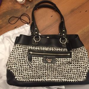 Coach black and white purse