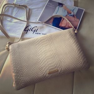 New GiGi New York Carly Convertible clutch