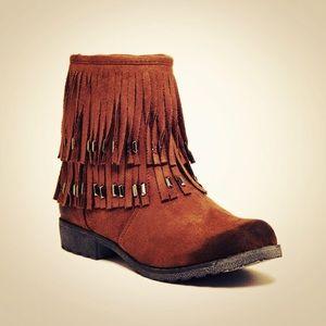 Bucco Fawn Fringe Boot