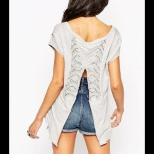 BUNDLED/SOLD FREE PEOPLE ROSE ASH TEE
