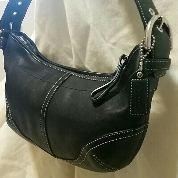 5385755b57 Coach Handbags - MINT Small black leather Coach purse   bag!