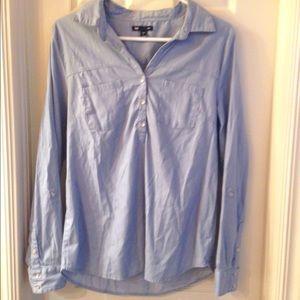 Gap shirt blouse light blue Sz S