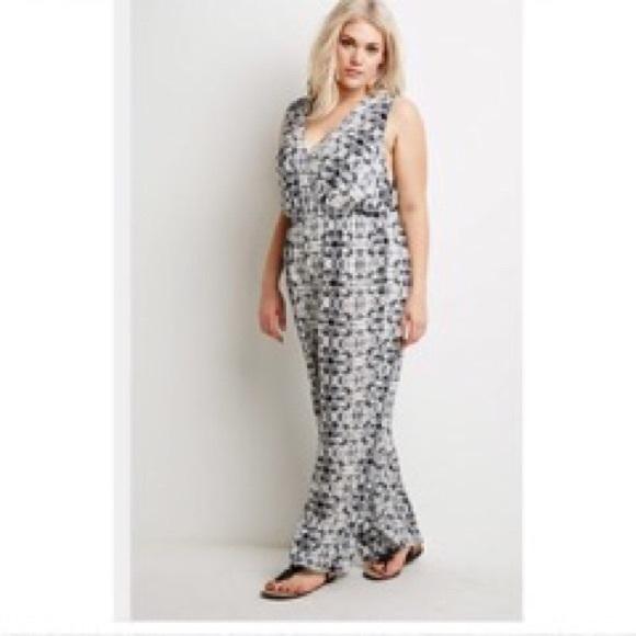 467d3d175a7 NWT Forever 21 Plus Size Batik print jumpsuit 3XL