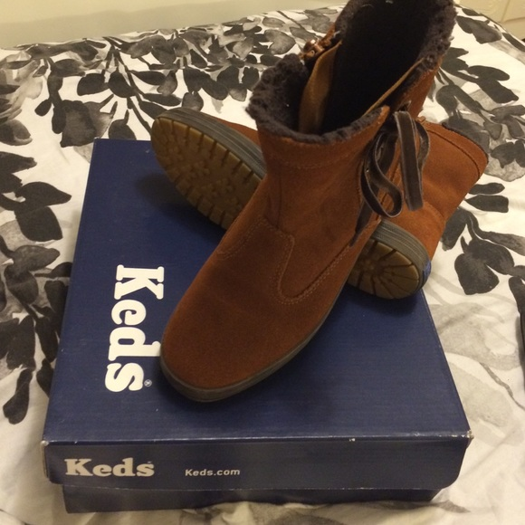 keds ankle shoes