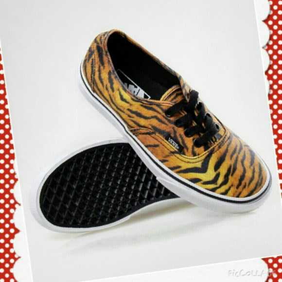 000779fe1d VANS Sneakers Authentic Tiger Animal Print LIMITED