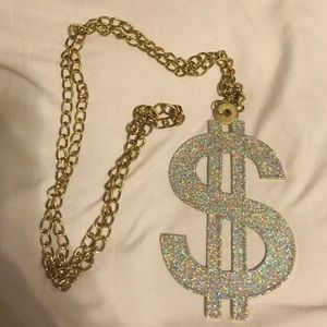 Jewelry - Costume dollar sign necklace