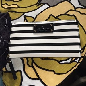 Kate Spade Wellesley Patent Striped Wallet