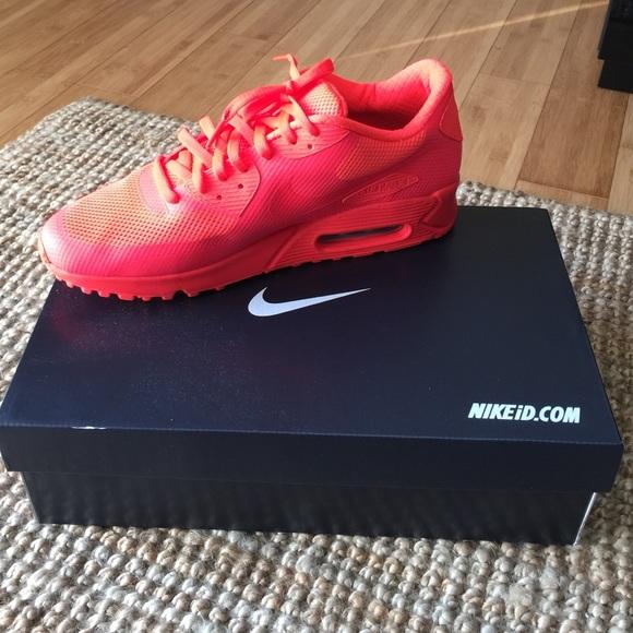 Zapatos Premium Nike Air Max 90 Hyp Premium Zapatos Id Hombres Zapato Poshmark e9b60c