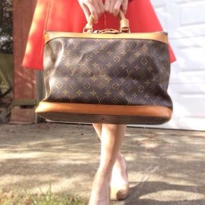 Auth. Louis Vuitton Monogram Cruiser 40 Boston Bag