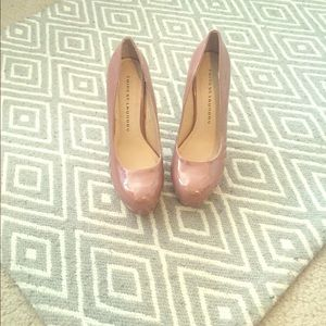 Sale !!!Chinese laundry  whistle heels