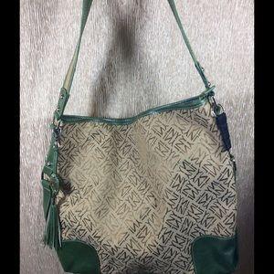 ✨Jones New York Large Handbag ~ Tan Logo / Green