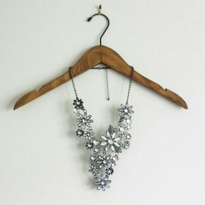 Jewelry - SET crystal statement necklace and earrings