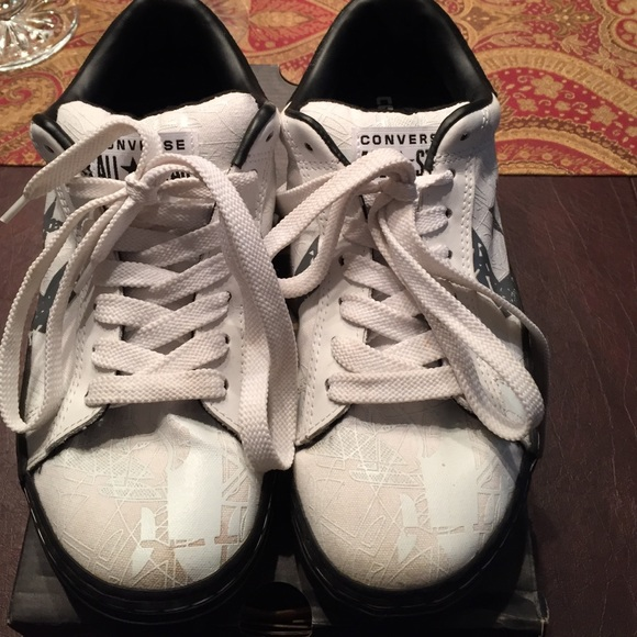 0882a4f9a46 Converse Shoes - Converse all star tennis shoes size 11