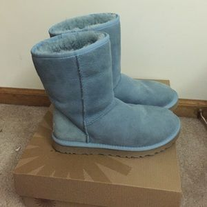 light blue ugg