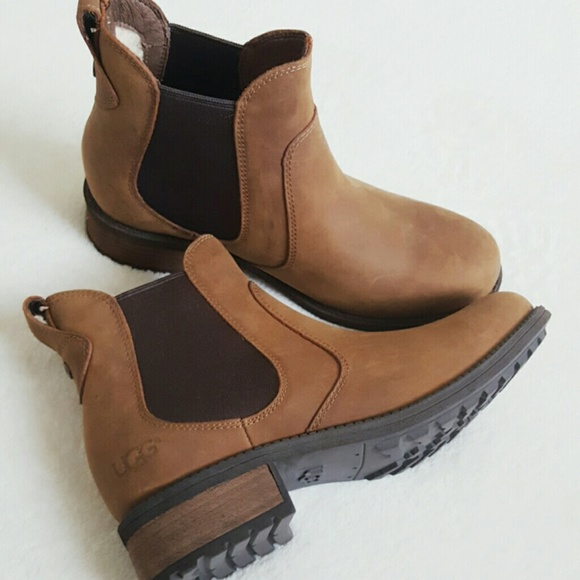 ugg chelsea ankle boots