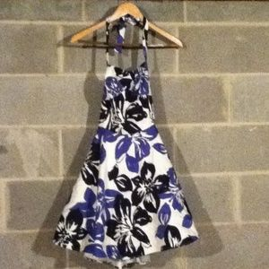 Dresses & Skirts - Sweetheart Floral Halter Dress