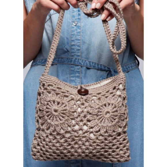 Crochet Crossbody Bag : Serval Fashion Bags - Crossbody Crochet Bag