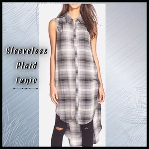 Tops - Sleeveless Plaid Button-up Tunic