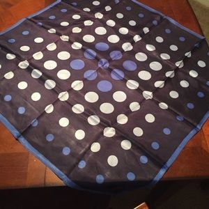 Accessories - Gorgeous NEW square blue polka dot neck scarf!